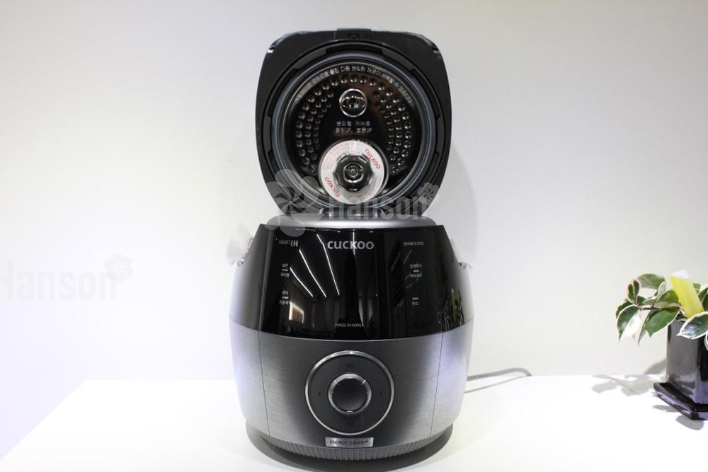 Nồi cơm điện cao tần Cuckoo CRPGHXB1010FD